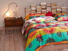 不会无聊的床头 10款创意床头柜布置图