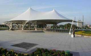 广场拉膜装饰设计图片