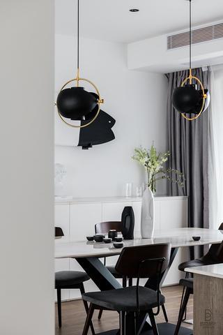 现代简约风格三居室装修餐厅吊灯设计