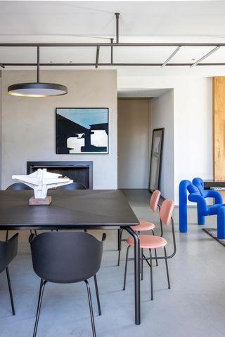 现代混搭别墅餐厅装修效果图