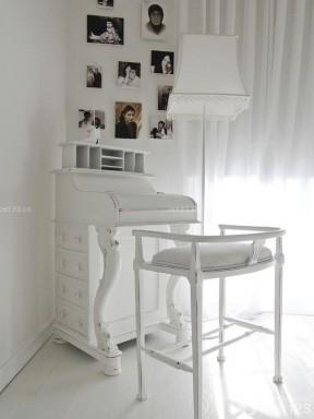 时尚简约风格黑白照片装饰画效果图