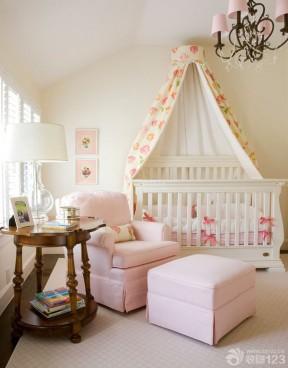 温馨家庭卧室装修婴儿床装修图片大全