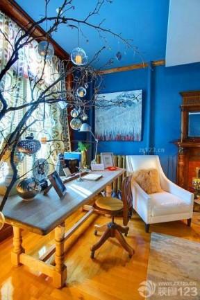 创意家居蓝色墙面装修设计效果图片