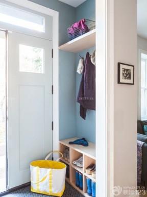 美式风格房屋一进门鞋柜装修效果图