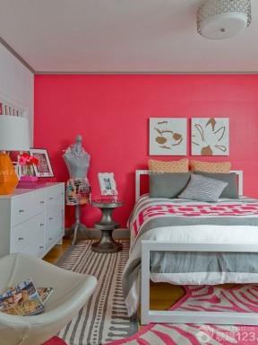 90后女生卧室设计红色墙面装修效果图片