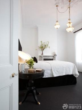 简约90后女生卧室设计白色墙面装修效果图片
