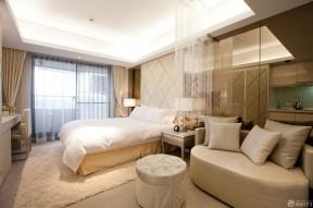 小户型酒店式公寓珠帘隔断设计图